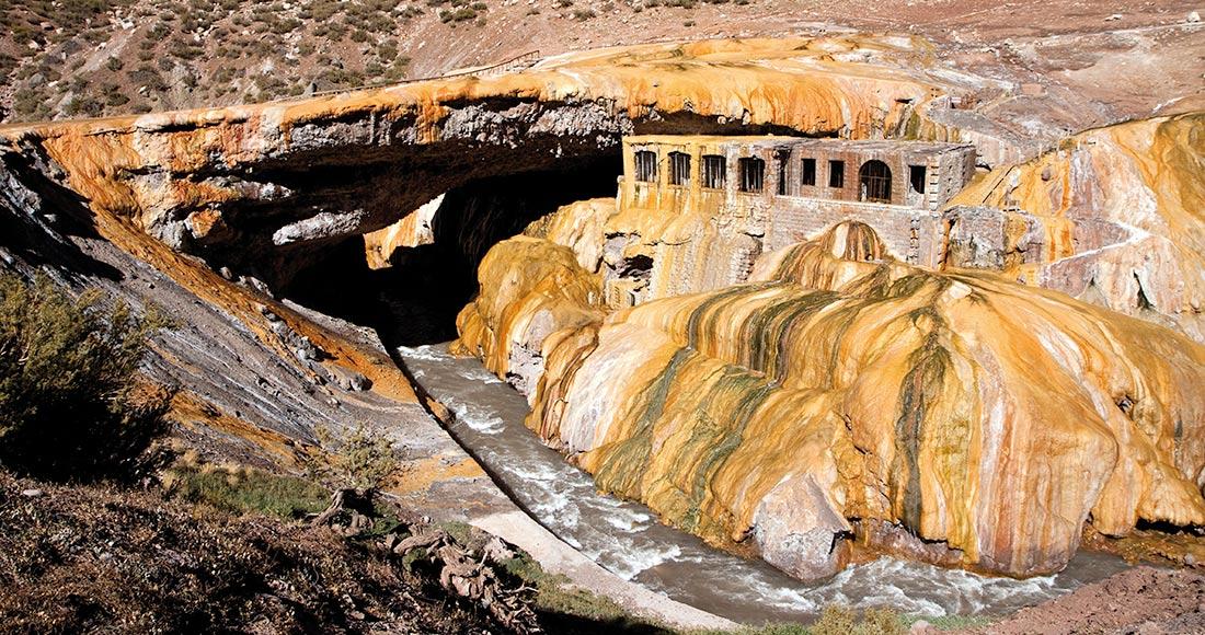 Puente del Inca Aconcagua Mendoza