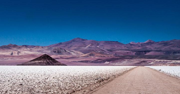 Tolar Grande Salar Arizaro Argentina Mendoza Salta Jujuy Road Trip 4x4 Autotour Drive tour