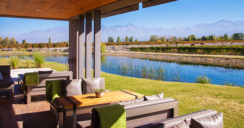 the tintos exclusive tour private wine tour uco valley mendoza Casa Petrini Tupungato Lodge